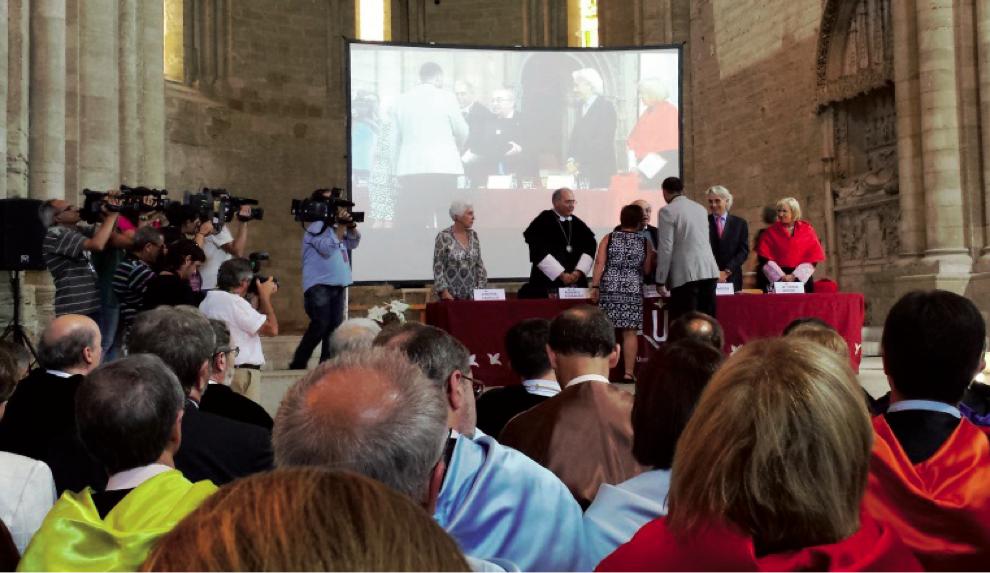 DISTINCIÓ VICENS VIVES A LA QUALITAT UNIVERSITÀRIA DE LA GENERALITAT DE CATALUNYA 2014
